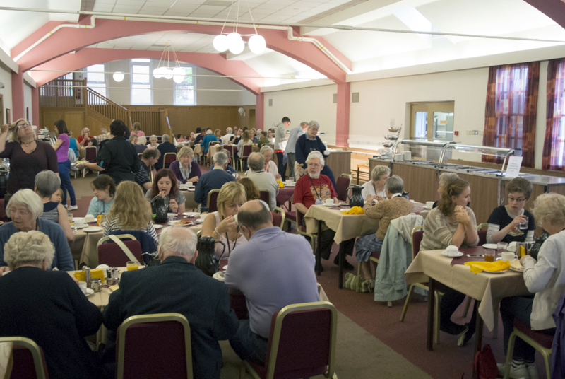 Dining together during Holiday Forum 2016 - photo by Fred Davies